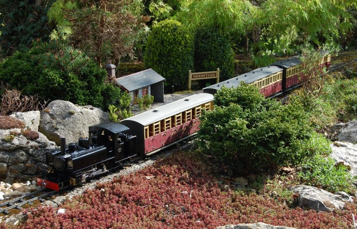 Entry-44-Second-photo-of-Roundhouse-Alco-at-Hermitage-on-the-Nettlecombe-Railway-DSC_0727-WV1-700x450